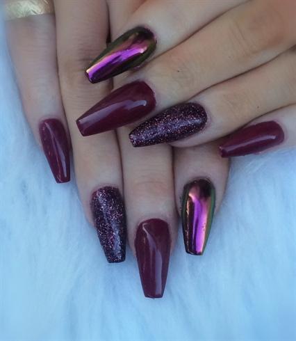 nagellack lila naglar glitter kromade naglar